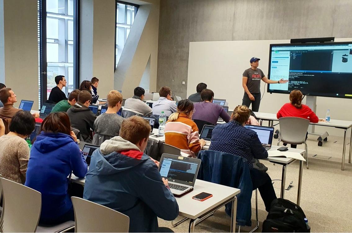 Teach ROS in Luxemburg University